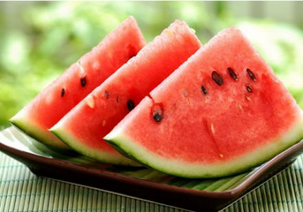Watermelon: A Healthy Treat that's Fun to Eat!